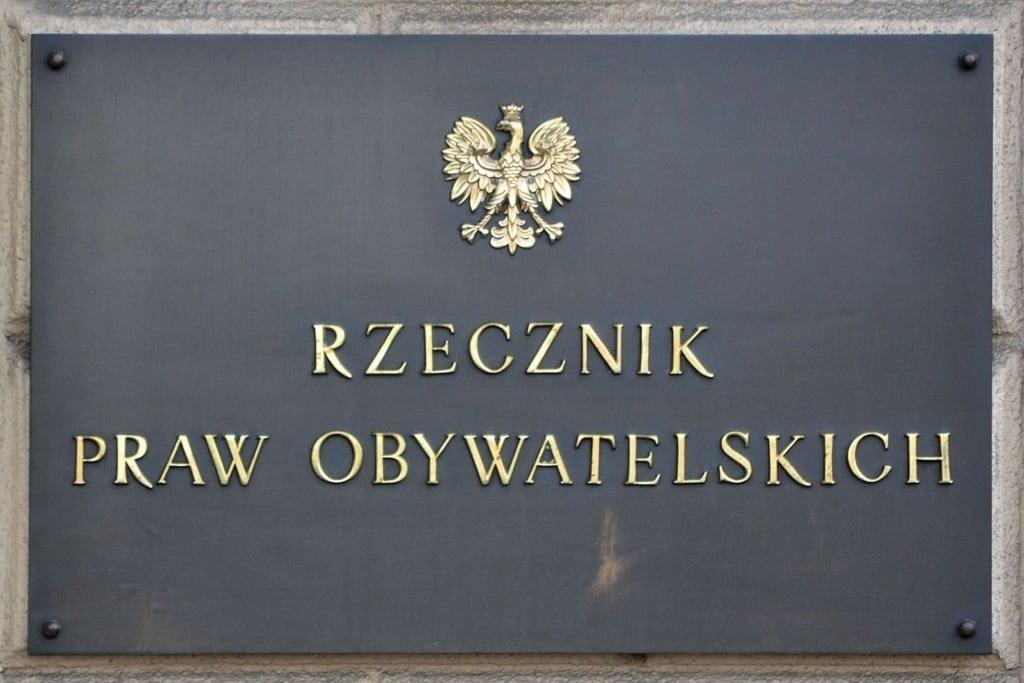 Rzecznik Praw Obywatelskich wspiera konsumentów w sprawie zwrotów prowizji
